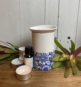 Ceramic blue and white floral oil burner gift boxed set