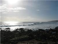 Big swells roll in at Yallingup