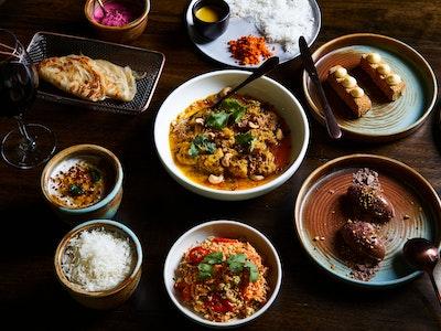 INDU Devilled Chicken Curry Banquet