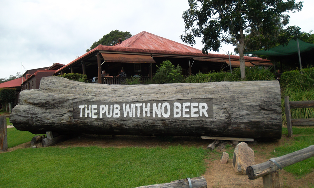 the-pub-with-no-beer-nambucca-valley-png