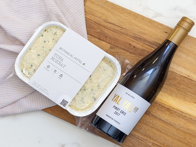 Tuna Mornay &  Yal Yal Pinot Gris