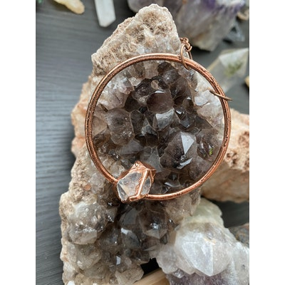 Aligned Apothekary Apophyllite Copper Circular Pendant