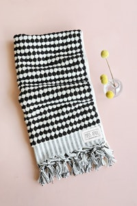 Pom Pom Hand Towel - Black & White
