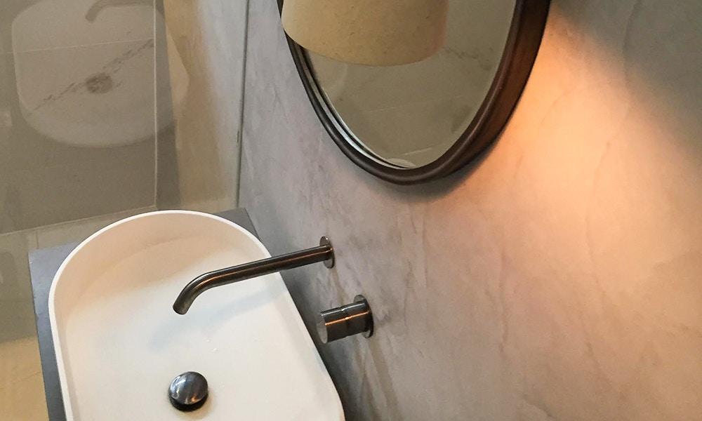 Luxurious Bathroom Wall Design by Antica Signoria