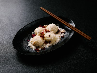White Chocolate Dumplings 4pc