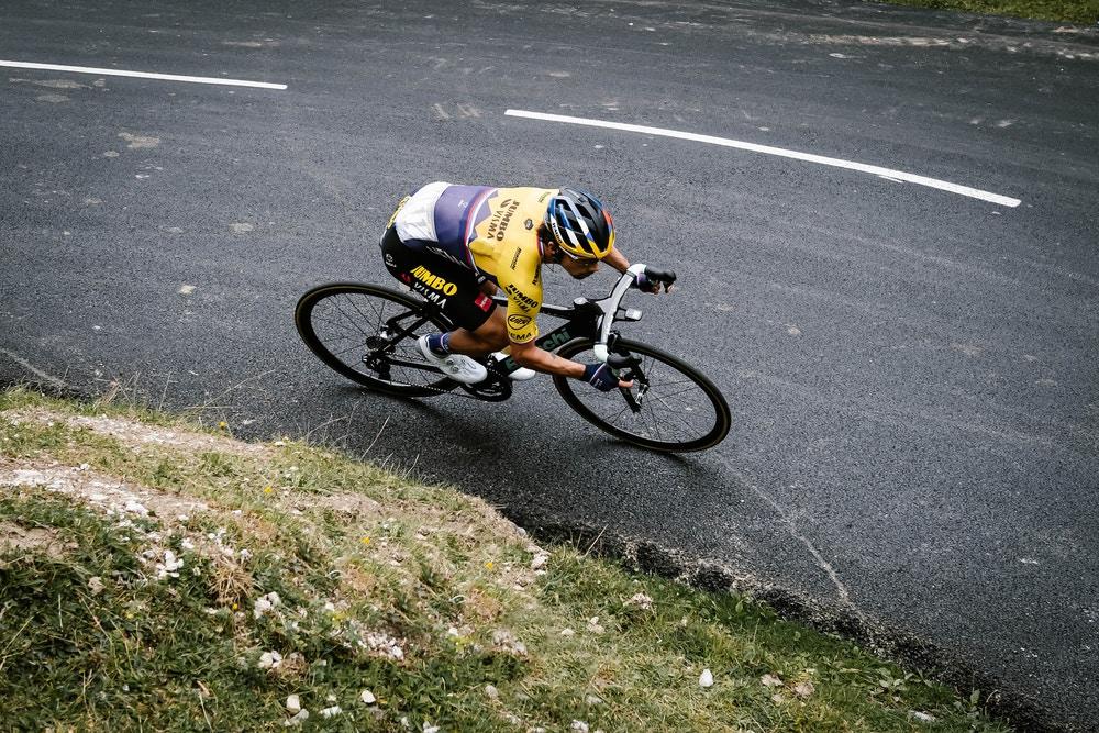 Los Eslovenos Toman la Victoria en el Tour - 9a Etapa del Tour de Francia