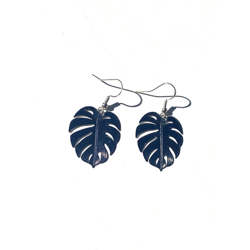 One of a Kind Club Monstera Solid Bohemian Leaf Dangle - Silver