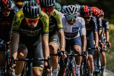 Peters Triunfa desde la Fuga y Yates Mantiene el Amarillo - Tour de France 2020 Etapa 8