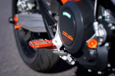 MG Biketec Enduro / Supermoto Foot Pegs (Orange)