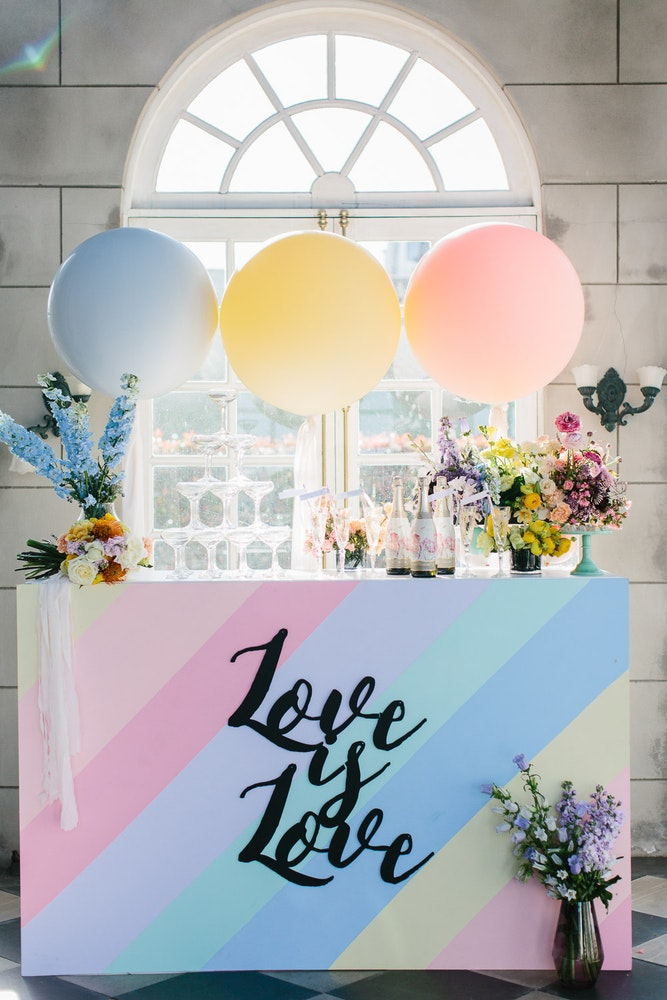 LENZO Haymes Painted Wedding Backdrop