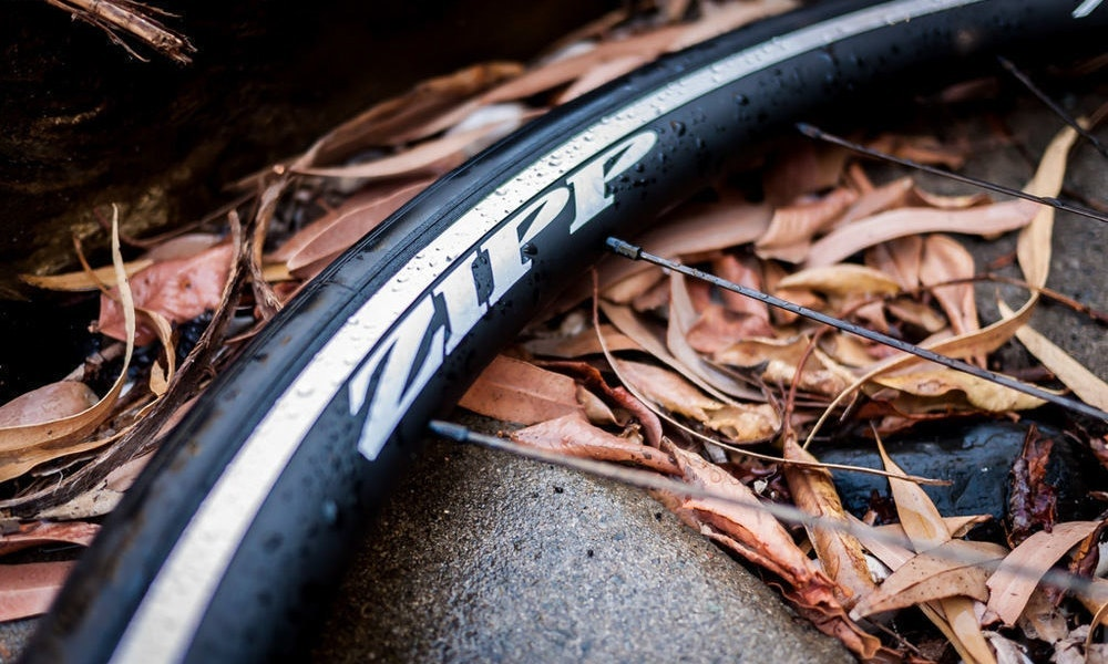 fullpage_tyre_types_road_bike_wheels_rim_material-jpg