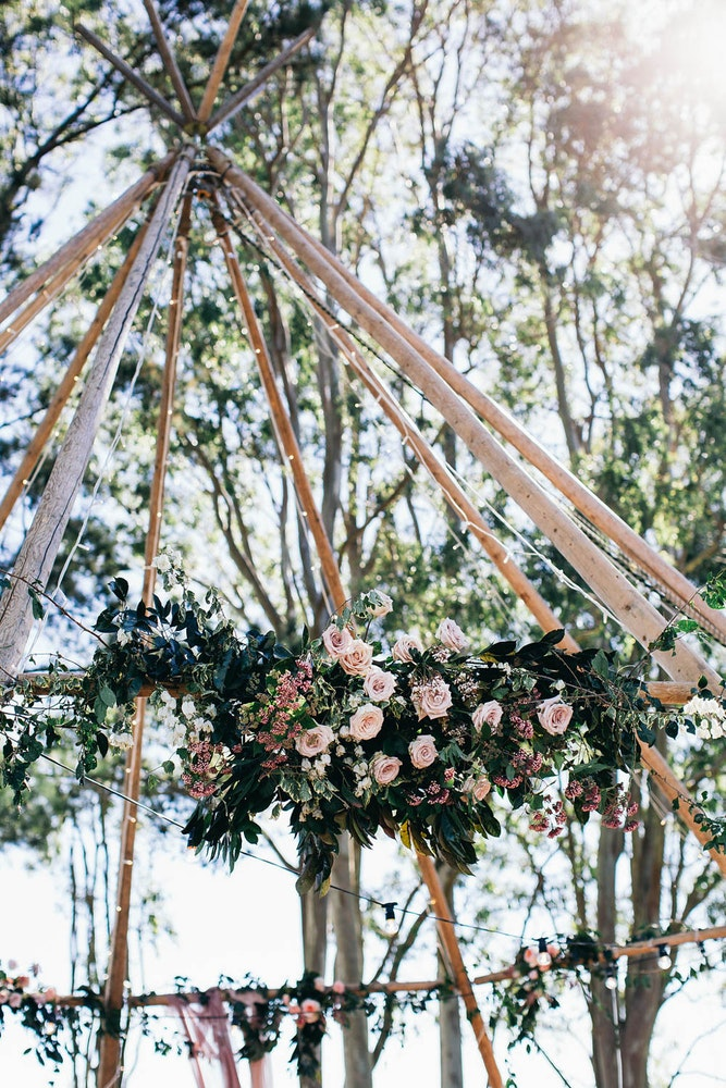 Byron Bay TIpi LENZO Boho Wedding