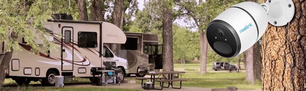 reolink-go_on-tree-trunk-facing-caravan-jpg