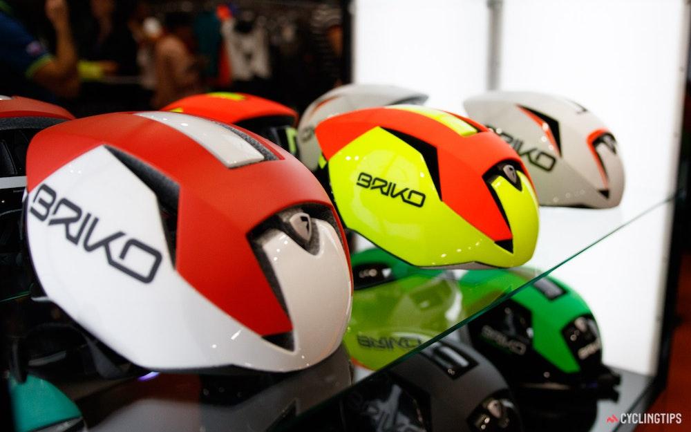 briko-gass-helmet-jpg