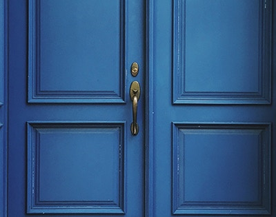 Choosing the Best Smart Door Lock for Your Business