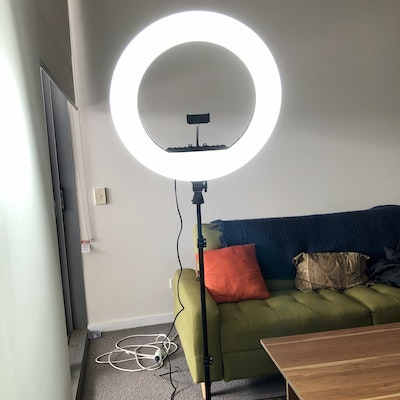 """Labellworld 21"""" 2M LED Ring Light Rent for One Day $10**"""