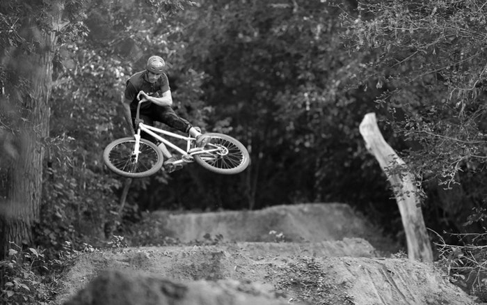 Dirt Jump Mountain Bike