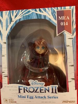 Anna Mini Egg Attack - Disney Frozen 2 Miniature Figurine - New in Box