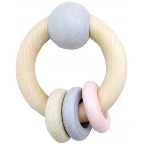 Hess Spielzeug Hess-Spielzeug - Rattle Round With Ball & 3 Rings Natural Pink