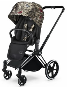 Priam Chrome with Black Pram + Lux Seat. Butterfly