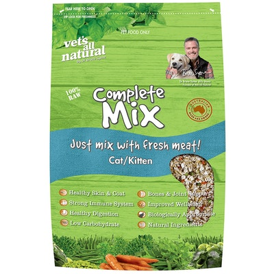 Vets All Natural Complete Mix Cats & Kittens Food - 2 Sizes