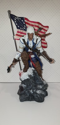 Connor statue from Assassins creed 3 Freedom edition