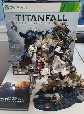 Titanfall Collectors Edition (No Game)