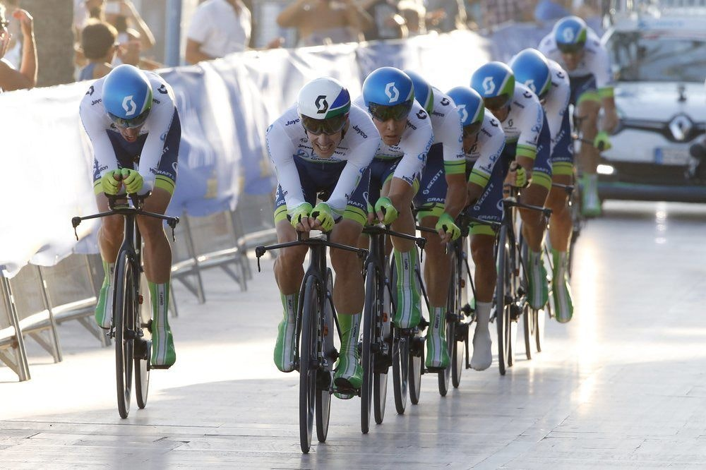 fullpage Vuelta Stage One TTT