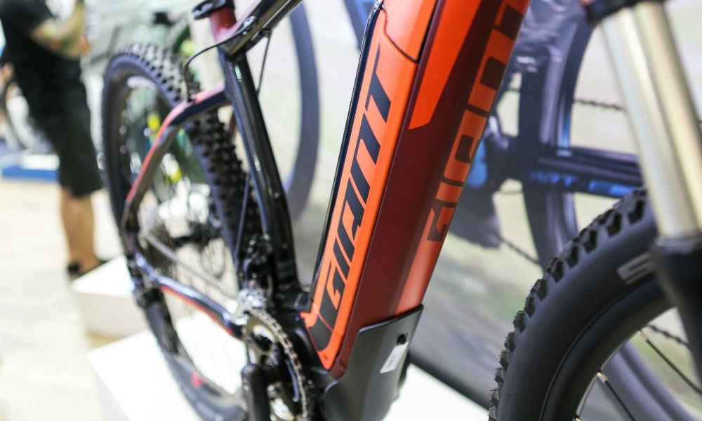 Giant 2016 - First Look at Eurobike 2015