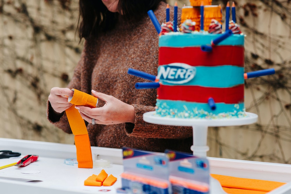 How to make a DIY NERF dart target cake topper