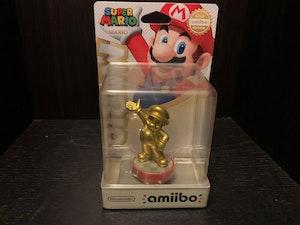 Amiibo - Gold Mario