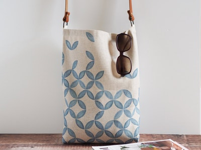 Printed linen tote bag - Petal