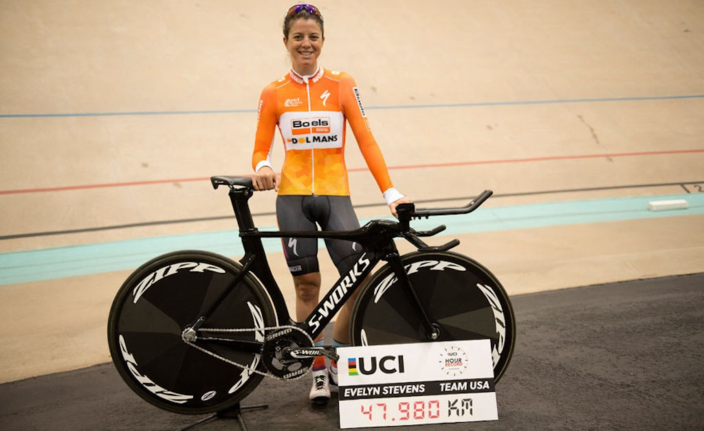 Evelyn Stevens sets new UCI World Hour Record