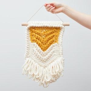 Chevron • Wall Hanging (MEDIUM) • Crochet Chunky Knit • Colour: BUTTERSCOTCH + VANILLA