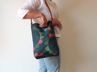 Printed linen tote bag - Garden Party