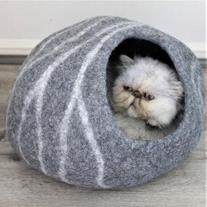 "Queenie's Pawprints Hand-felted Wool Cat Cave ""Dark Grey Cocoon"""