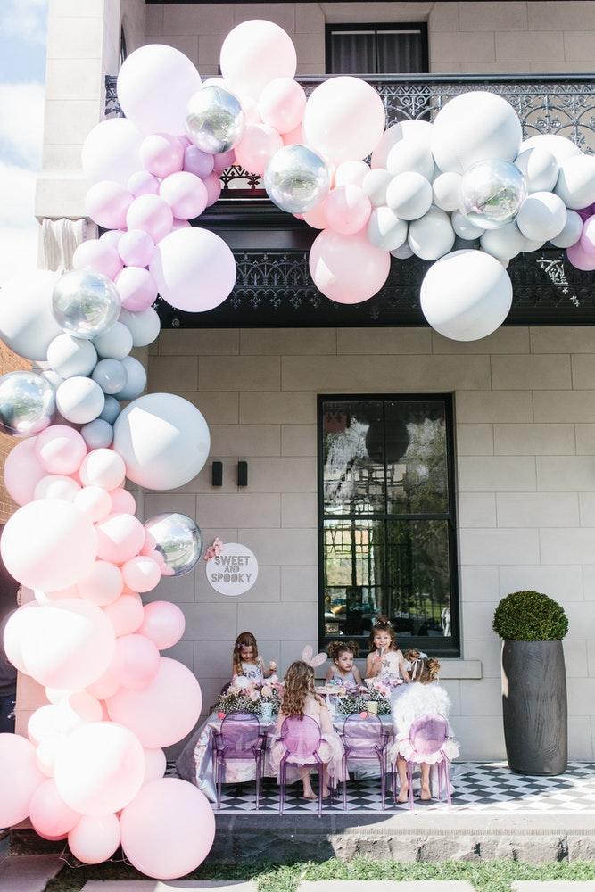 LENZO Balloon Installation Melbourne Pink Grey Silver