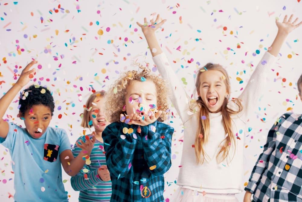 Kindergeburtstag feiern aber richtig - Hilfreiche Tipps und Tricks zur Planung