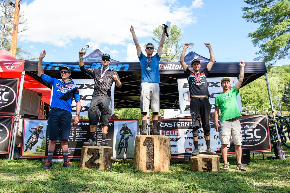 Men enduro podium