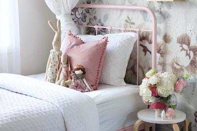 House of Harvee | Pretty in Pink Bedroom