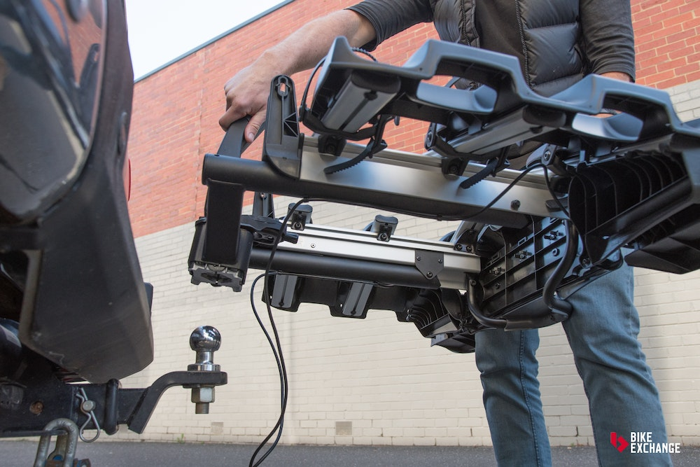 Thule VeloCompact 927 towbar rack review BikeExchange 2017 14