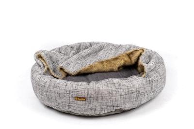 Charlie's VIP Hooded Wolf Nest