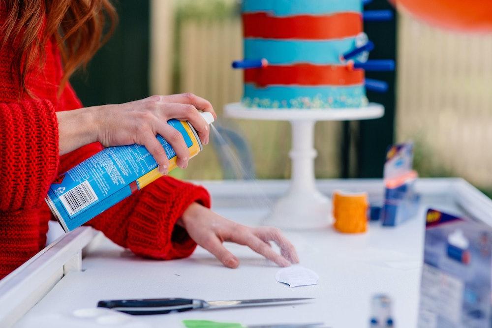 How to make a DIY NERF fondant logo cake decal
