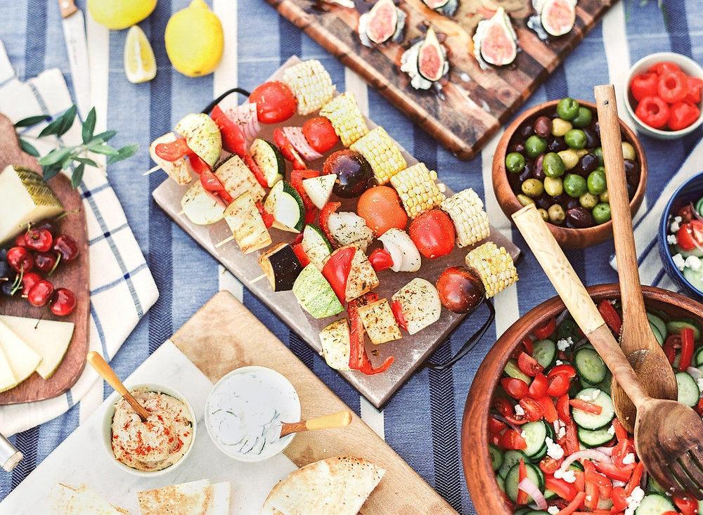 'GONE GREEK' DINNER PARTY WITH LAUREN KELP