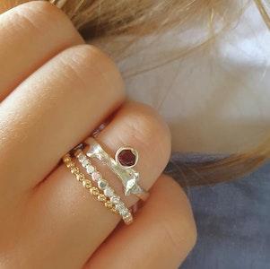 Budding Twig ring set-Garnet