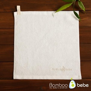 Bamboo Towel with Hanging Loop (Dove White)