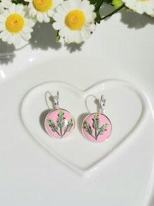 Bee's Knees Keepsake July birth month, Chistmas in July Australian native flowers 925 silver drop earrings