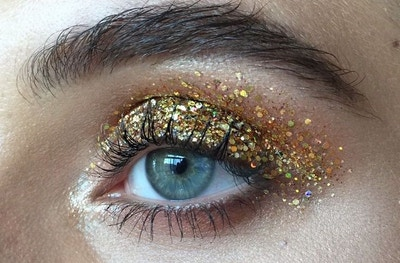 COACHELLA GLITTER BEAUTY TREND